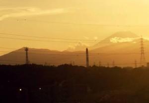 Distant view of Mt.Fuji from Yokohama at dawn